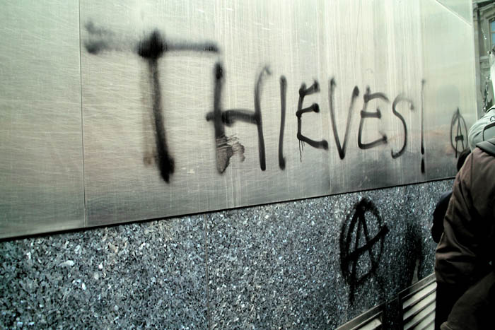 g20-london-thieves-graffiti.jpg